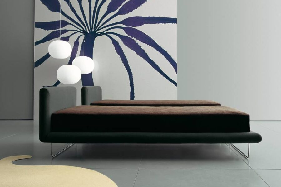 AVALON BED FROM LIVING DIVANI | A SLEEK DESIGN MADE UP OF SINUOUS CONTOURS.